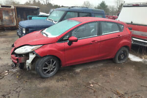2011 Ford Fiesta , accident car. Clean title