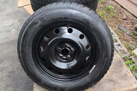225/60/17 SUBARU OUTBACK WINTER TIRES on RIMS 5x100mm