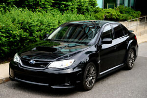 2012 Subaru WRX manuelle parfaite condition 119 000 km