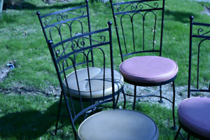 4 Garden Ice Cream Parlor Chairs Vintage Wrought Iron