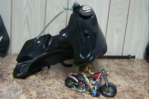FOR SALE 09 1200 NIGHTSTER OIL TANK