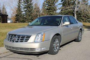 2008 CADILLAC DTS LUXURY II Sedan - Private Sale
