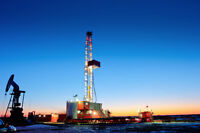 Work on Oil Drilling Rig this Winter- Leasehand Roughneck Labour