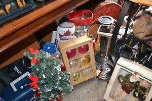 Vintage Christmas Bulb Sets (Boxed!) + Other Various Decorations Windsor Region Ontario image 10