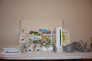 Console Wii fit blanche complete