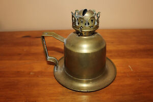 Old Veritas Combination Finger/Wall Mount Brass Oil Lamp London Ontario image 3