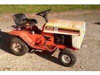 Ride on garden tractor