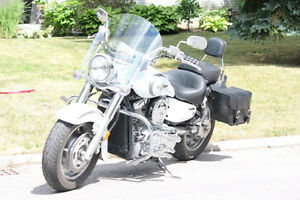 2004 Kawasaki Vulcan Classic 1600 mint shape and low mileage