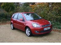 SPOTLESS FORD FIESTA 1.4 ZETEC done 66821 Miles with SERVICE HISTORY and NEW MOT