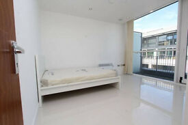 *5 New Stunning Rooms Canary Wharf Move in Today*