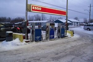 Esso gas, convenience, garage, bodyshop, towing