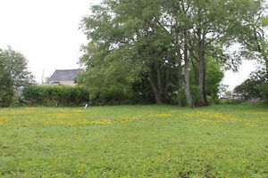 Well-Maintained Building Lot, Springhill, Nova Scotia