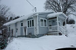 Lac Ste-Marie, All Equipped - January -- Can Work For the Rent Gatineau Ottawa / Gatineau Area image 1
