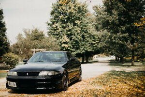 R33 Skyline 1994 Gts25t  CLEAN Spare engines