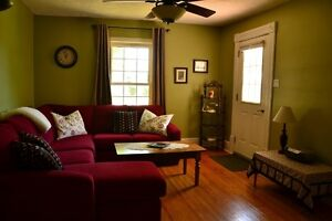 Cozy little cottage for rent in Goderich/Lake Huron London Ontario image 4