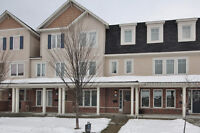 Beautiful 3 bed 3 bath townhome in Fairwinds North