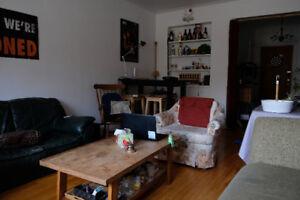 chambre 4 1/2 metro unniversité de montréal