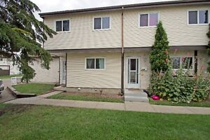 3 BDRM TOWNHOUSE IN MILL WOODS WITH LOW CONDO FEES!