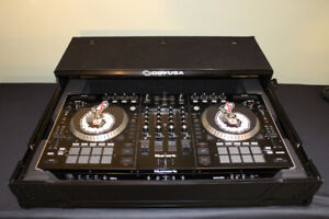 Numark NS7 II Controller and Mixer with Odyssey Case