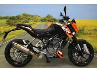 KTM Duke 125 ** ABS, AKRAPOVIC EXHAUST,CBT LEGAL, GRAB RAILS