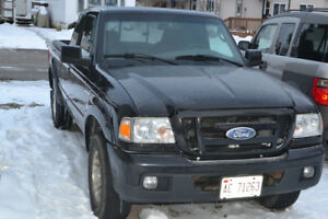 2007 Ford Ranger Pickup Truck, cab plus, needs a head gasket !