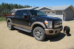 2014 Ford F-350 King Ranch Pickup Truck