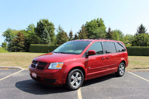 2009 Dodge Grand Caravan Minivan, 7 pass Very Clean Only $6,999