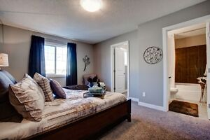 BEAUTIFUL AFFORDABLE TOWNHOME Edmonton Edmonton Area image 2