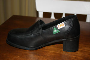 Women's CSA Steel Toe Dress Shoes