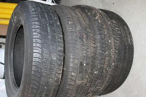 pneu hiver  presque neuf