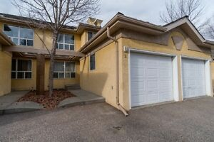 OPEN HOUSE-JAN 21, 1-4 Check out this Beautiful Townhouse