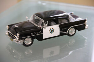 Dieacast Cars police 1/26, 8''inch Mint Condition
