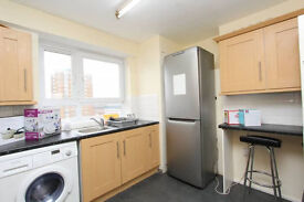 King Size Single Room**cheap** with Double Bed!!!