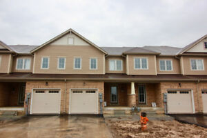 NIAGARA FALLS brand new townhome beside heartland forest