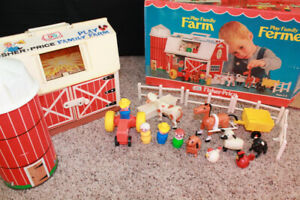 Vintage Fisher Price Play Family Farm-RARE brown plastic base