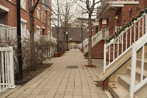 Large Downtown Townhouse (2 beds+den, like 3 beds)
