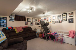 Fantastic opportunity to own a fully rented income property London Ontario image 9