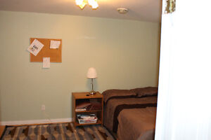 ROOMS TO RENT IN PEACE RIVER AB HOUSE