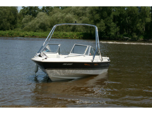 Used 1997 Bayliner 1950 capri open deck