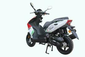 Motorini Misano 125cc Moped/Scooter-Brand New -FREE HELEMT AND GLOVES