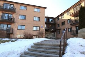 Dorval:2.5, 3.5 in the best location for rent 1st July
