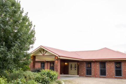 One fully furnished bedroom to let - full time accommodation. Mooroopna Shepparton City Preview