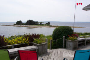 NEW SPECIAL - VACATION Holiday OCEANFRONT