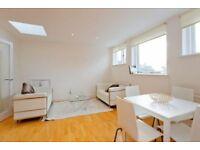 2 bedroom flat in Rosslyn Hill, Belsize Park, NW3