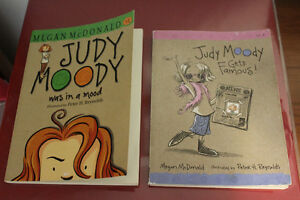 """ JUDY MOODY "" SMALL CHAPTER BOOKS"
