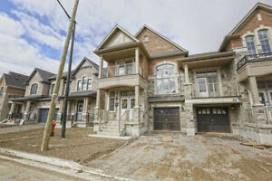 2-Storey Semi-Det'd Home 3 Bed / 3 Bath