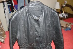 LADIES GENUINE LEATHER MOTORCYCLE JACKET/L