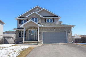 Gorgeous, bright and very spacious home for sale in Arnprior
