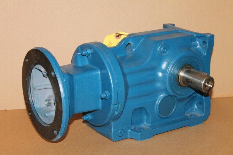 Speed reducer, right angle, 75.2:1, 23 RPM, 3540 lbin, K47AM143, SEW Eurodrive