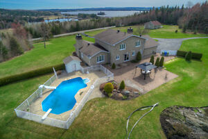 Beaulac-Garthby,Maison de prestige sur terre de 48.73 acres.